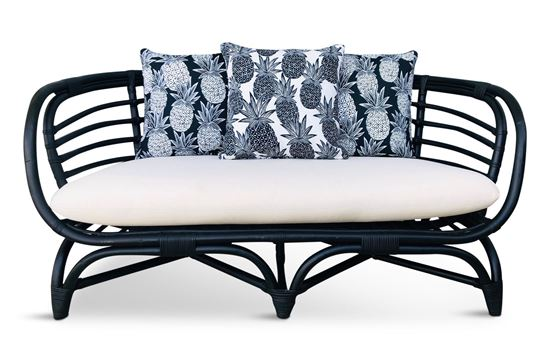 Picture of Bermuda 2.5 Seat Black Frame Black Pineapple Edition