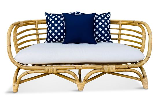 Picture of Bermuda 2.5 Seat Natural Frame Amalfi Edition